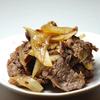 【肉が食べたい人へ】玉ねぎ牛肉シンプル炒め
