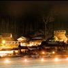 暑気払い!真冬の花火が雪原に舞う-美山かやぶきの里「雪灯廊」