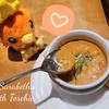 サラベスで今度はぬい撮り! アチャモ色のベルベッティークリームトマトスープ