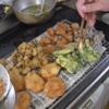幸運な病のレシピ( 2158 )昼 :鶏唐揚、コロッケ、鳥レバフライ、サバ骨せんべい、魚解体(カレイ、サバ:50円)