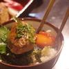 地鶏モモ肉から自家挽き100%「宮崎地鶏のつくね」と「つくね丼」神戸三宮の地鶏料理は安東へ