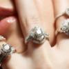 婚約指輪を自分で買った人の話を聞いてみた!