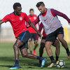 サッカートレーニングのためのピリオダイゼーション(特定の段階ではなく、シーズン全体にわたり、サッカー選手の最適なパフォーマンス目標を明確に示すものでなければならない)