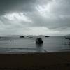 タイのモルディブと言われる(パヤム島)に行ったら、ずっと雨でした。そんな時は、読書がイイかもなぁ。