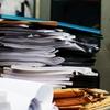 汚い机では仕事ができないのは当然です~机の上の断捨離~