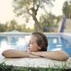 【楽しむ】夏は屋外プールで泳ぎ健康になるメリット・デメリット