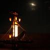 志賀町の西海祭りで月と海とキリコと妨害を撮る