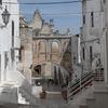 世界ふれあい街歩き ― オストゥーニ ―