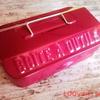 【セリア】またしても一目惚れの即買い!ツールボックス風ブリキ缶ケース。