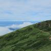 鳥海山の外輪の道にて