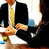 職場でコミュニケーション能力が低いと評価されているならば、転職を考えるべきである