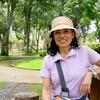 コスタリカ 背景は散歩コースの国家公園