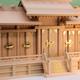 大きな神棚を祭ってみる 同じ祭るなら良い素材 弥栄屋根違い五社