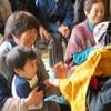 益城町の仮設住宅を訪問(熊本公演)