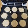 ベビーカステラをホットケーキミックスにおからパウダー、ヨーグルトを入れて作りました。ベビーカステラメーカーは結構使えるやつでした。