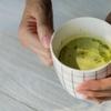 ある緑茶を飲むと、ストレスが減少するかも