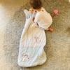 赤ちゃんの寝冷えを防ぐのに欠かせないスリーパー