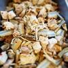 鶏肉と大浦ごぼうのトウバンジャン煮物