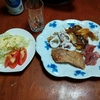 幸運な病のレシピ( 2363 )昼:イワシガーリックオイル揚げ焼、麹豚ソテー、イカボイル、刺し身、ビール