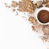 《お菓子とデザイン》カルディ、レトロな一眼レフカメラの木箱を使ったクランチチョコパッケージなど3選