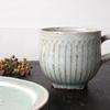 やさしい雰囲気のしのぎのマグカップ|くるり窯