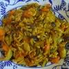 鶏皮と野菜のカレー炒め