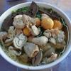 ハノイ・ロンビエン区のゴロゴロ鶏もつ麺