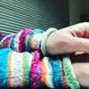 Opal毛糸でリストウォーマーを編みました