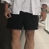 無印良品のブロードシャツ(白)着用