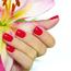 【初めてのネイルサロン】ネイルサロンのネイルは爪に何を塗るんですか?