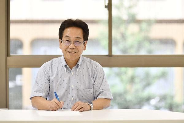 「文化としての速記符号を残したい」速記者・保坂正春さん |クレイジーワーカーの世界