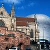 過去と近未来の共存:バーミンガム、イギリス