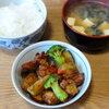 今日の食べ物 朝食に冬野菜とチキン
