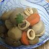 里芋を煮ました。