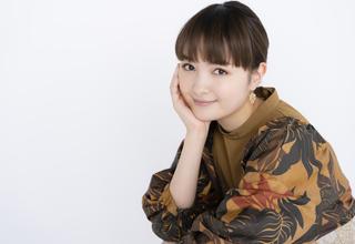 """""""ヅカファン""""葵わかな、 """"ときめきの宝塚歌劇""""3選で魅力を語り尽くす「私にとって夢の国!」"""