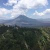 社員旅行最終日。バリ島・キンタマーニへ見事な景色を見に行く。バトゥール山とアバン山とバトゥール湖が織りなす絶景。途中、ティルタ ウンプル寺院の湧水で沐浴も良いかも?