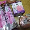 桜の  お菓子の  季節ですね