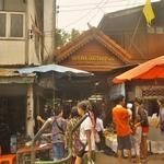 「チェンセーン」中心「シーソンブン市場」~国境の古都の街でも「メコン川」の恵み中心の市場訪問!!