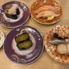 寿司職人がネタをさばき、技を活かして仕込む北海道創業の「回転寿し トリトン」!