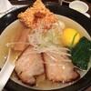 赤羽駅近の他で食べられない変わり種の塩ラーメン:焙煎汐蕎麦処 金字塔(東京都北区)