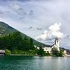 オーストリア ザルツカンマーグート エメラルド色の湖面♪
