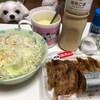 スーパーのお惣菜!おなじみの「カリッと揚げ餃子」