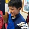 控え目ヘアスタイルがキュートさを際立てる。鈴鹿市メンズカット・中学生ヘアスタイル