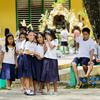 【新学期スタート】フィリピンの学校!!机の下には何がある!?