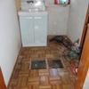 洗面所床 フカフカ 補修
