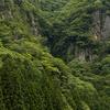 奈良県と三重県の境にある絶景スポット。室生火山群が造りあげた奇勝、香落渓(かおちだに)