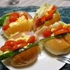 ロールパンサンド、麻婆茄子、冷麺