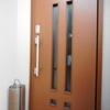 玄関ドア 開閉の時擦れる 修理