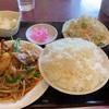 【秀味軒】コスパ最高ニラレバ定食