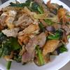 幸運な病のレシピ( 1225 )朝 :甘塩ます、三角揚げと豚肉の炒め